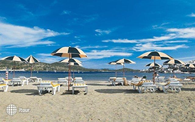 Costa Bitezhan (ex. Bitezhan Beach) 9