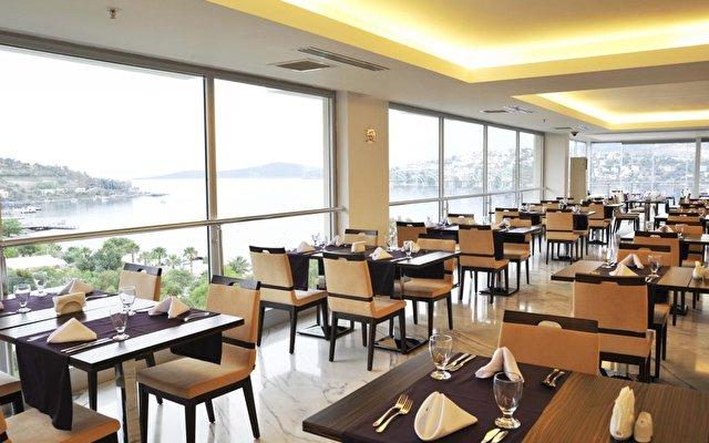 Baia Hotel 72