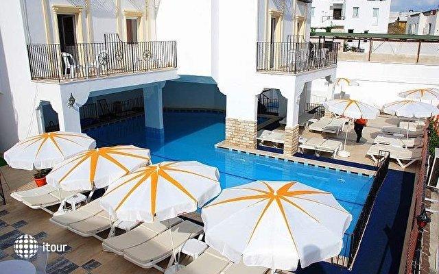 Club Vela Hotel (ex. Club Hotel Caretta) 3