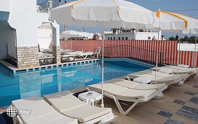 Club Vela Hotel (ex. Club Hotel Caretta) 4
