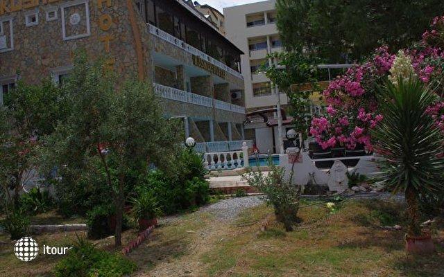 Kusmez Hotel 6