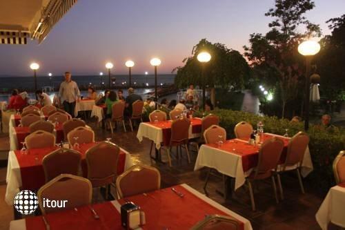 Hotel Rena 5