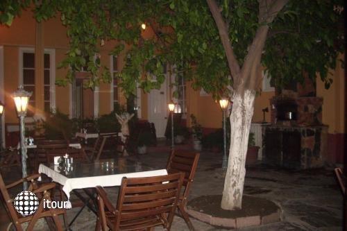 Hotel Antikhan 4