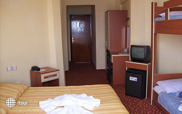 Hotel Palmera Resort 8