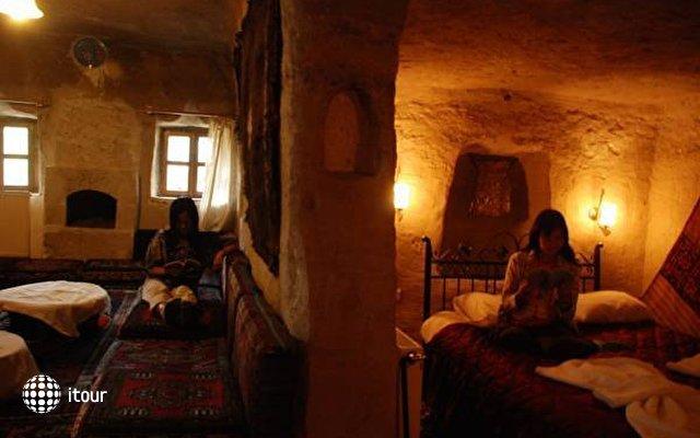 Peri Cave 2