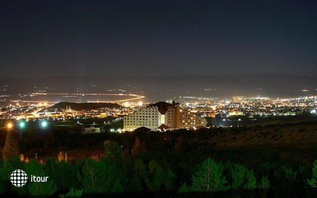 Polat Renaissance Erzurum 10