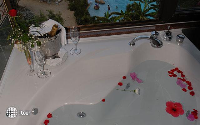 Kyrenia Jasmine Court Hotel 16