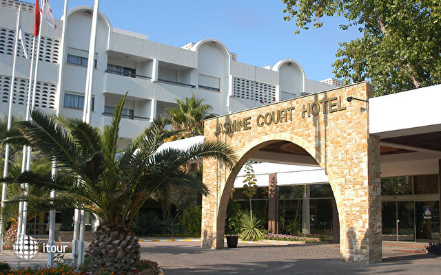 Kyrenia Jasmine Court Hotel 1