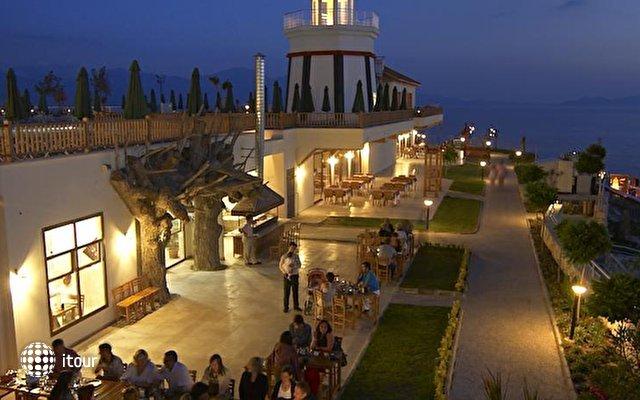 Sealight Resort Hotel 7