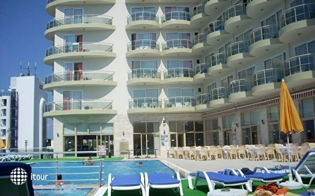 Arora Hotel 2