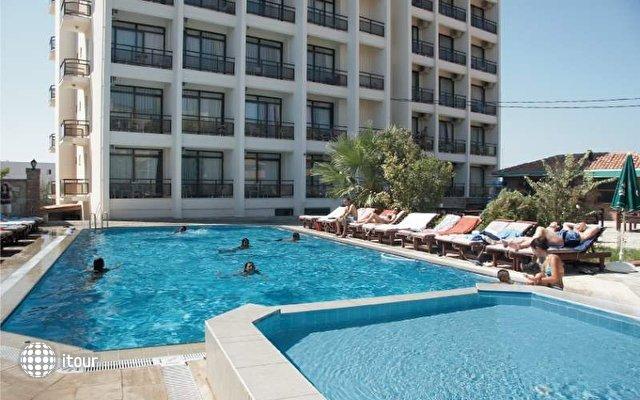 Esat Hotel (ex. Pigale Panorama) 1