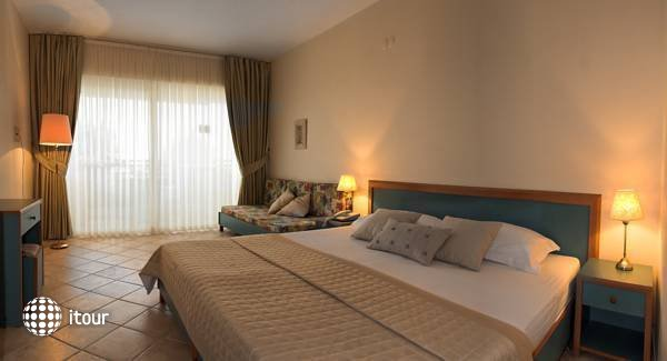 Hotel Carina 3