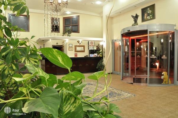 Seaview Suite Hotel 3