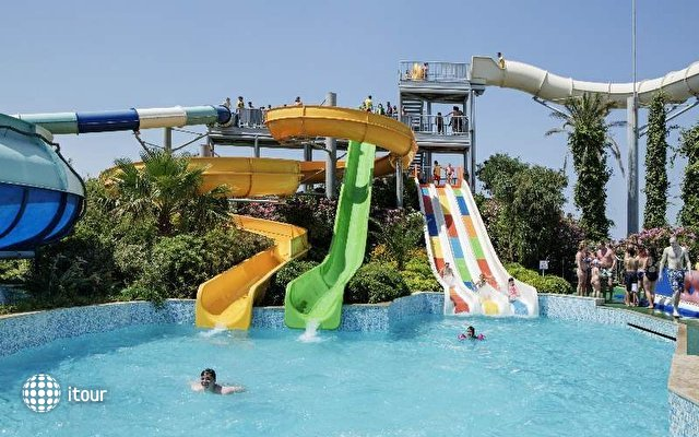 Pine Bay Holiday Resort 8