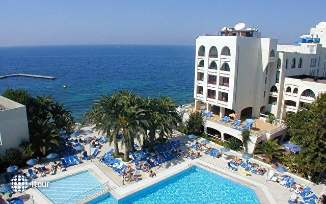 Imbat Hotel 4