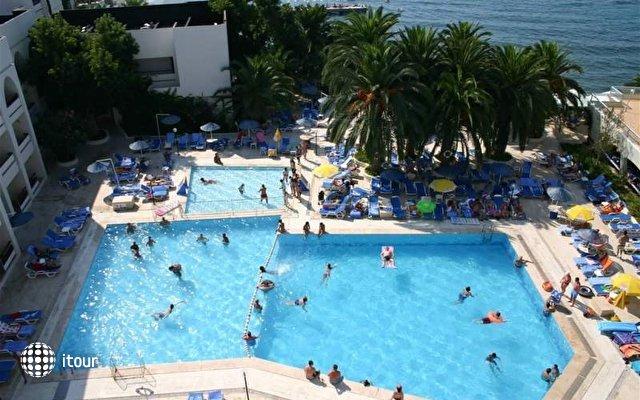 Imbat Hotel 5