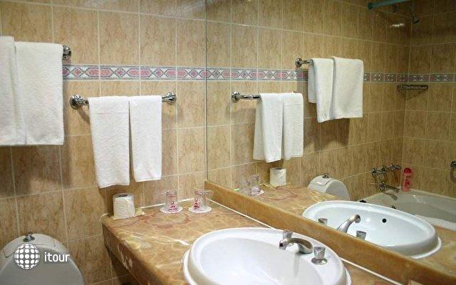Imbat Hotel 10