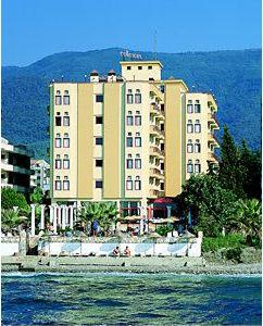 Macellan Hotel 2