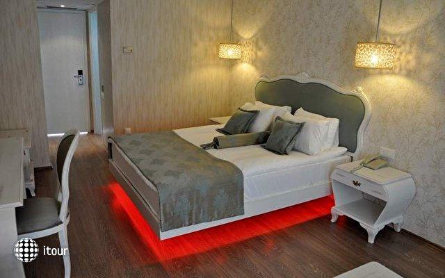 Sentinus Hotel 9