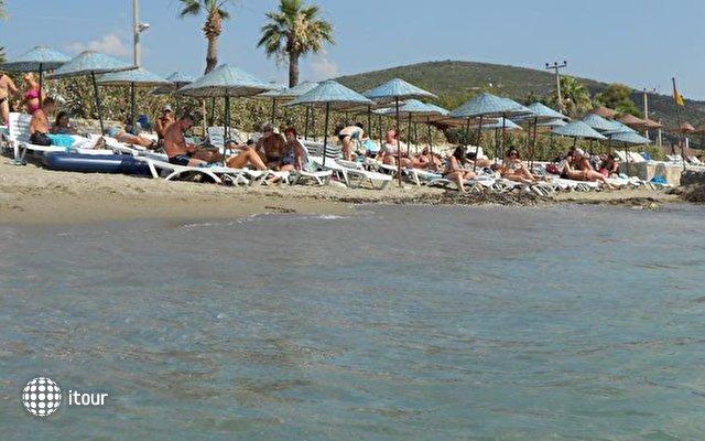 Pigale Beach Resort 6