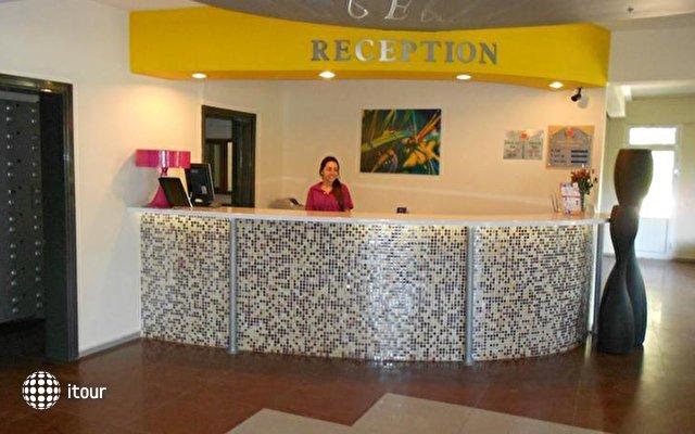 Pigale Beach Resort 7