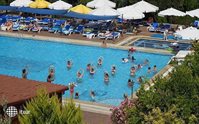 Pigale Beach Resort 4