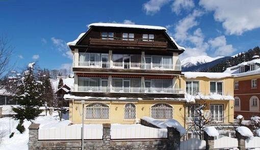 Der Lindenhof 1