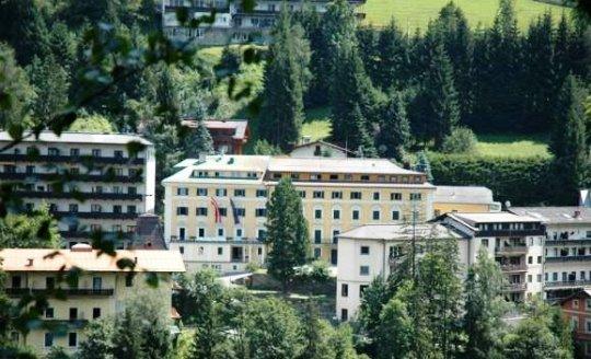 Bayernhaus Clubhotel 7