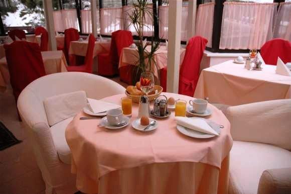 Bayernhaus Clubhotel 8