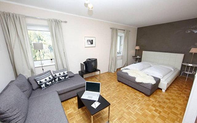 Villa Hirschen Hotel 1