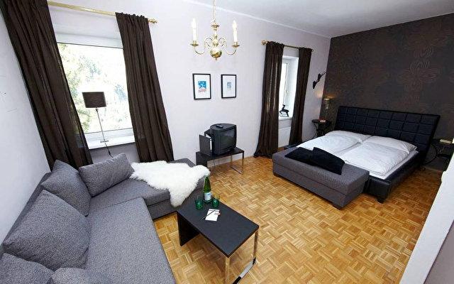 Villa Hirschen Hotel 2