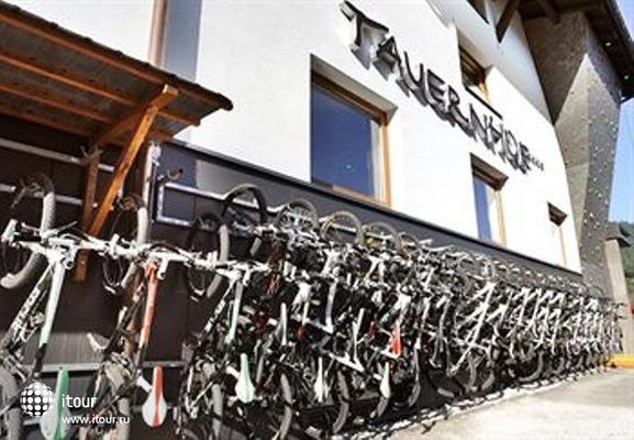 Tauernhof Funsport & Bikehotelanlage 9