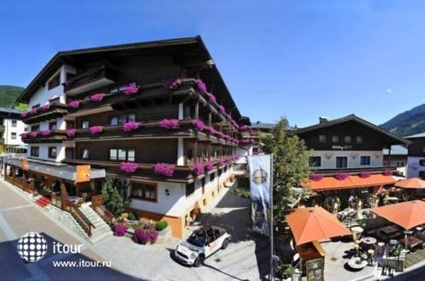 Eva Village 5