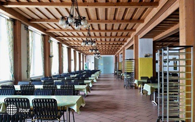 Tnt Club Alpin 9