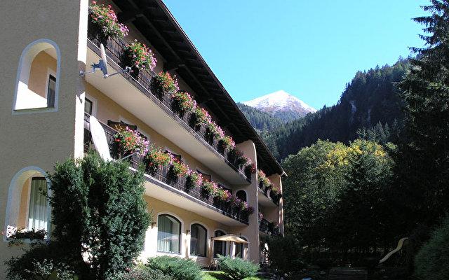 Nussdorferhof 1