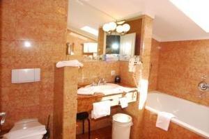 A-vita Viktoria Hotel 7