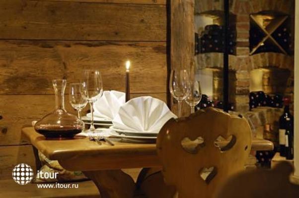 Alpenhotel Fall In Love 10