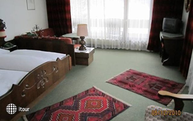 Einhorn Hotel 1