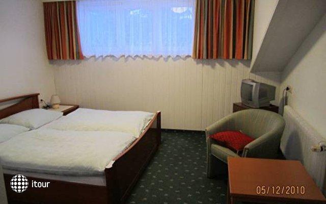 Einhorn Hotel 3