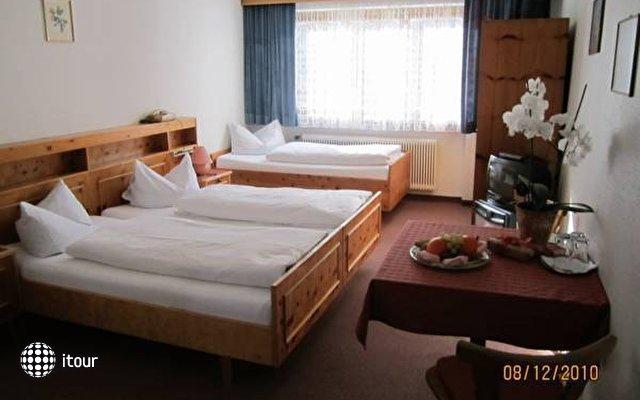 Einhorn Hotel 4