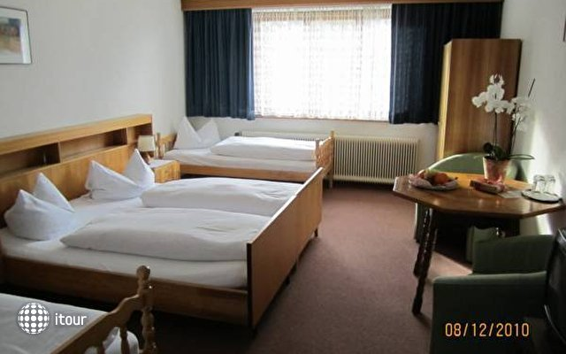 Einhorn Hotel 5