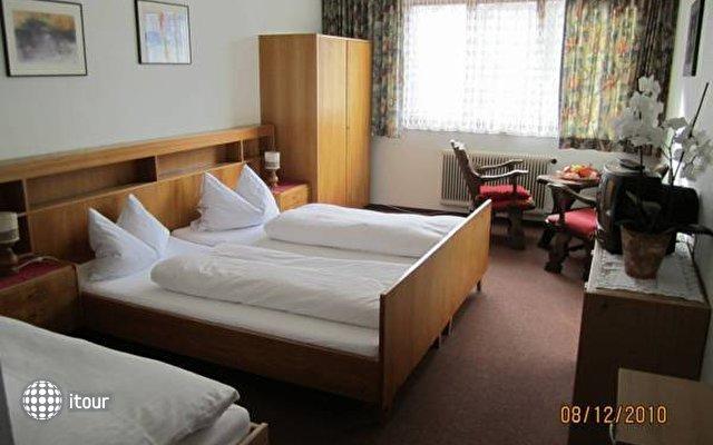 Einhorn Hotel 9