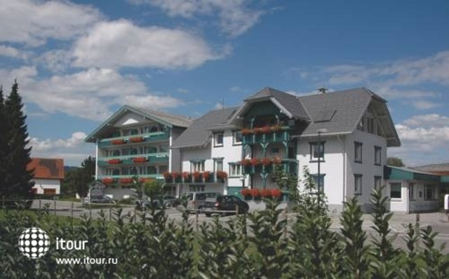 Hotel Buechel 7