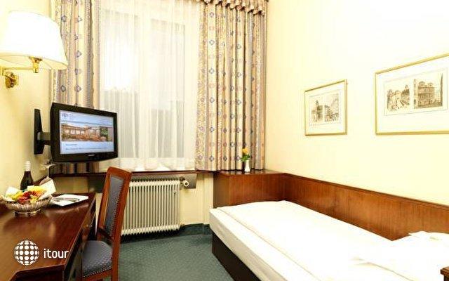 Hotel Rainer 3