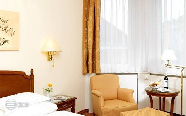 Hotel Rainer 4