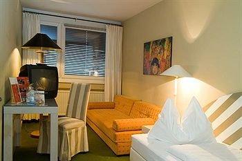 Schwaerzler Hotel 9