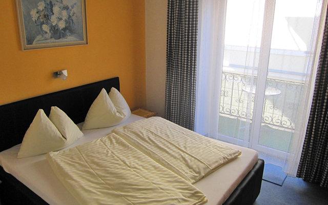 Seerose Garni Hotel 7