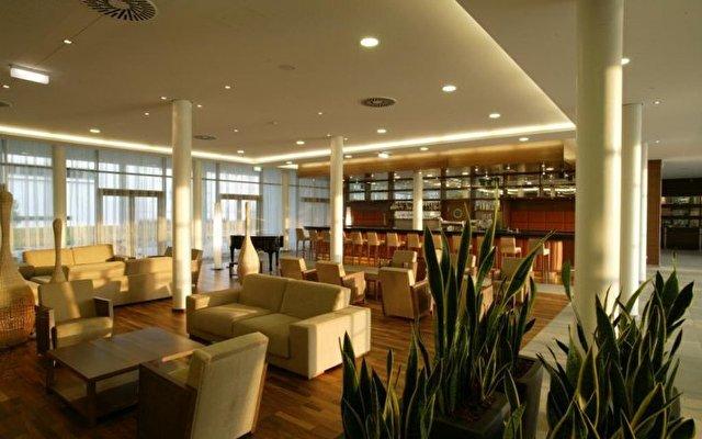 Therme Laa - Hotel & Spa 8