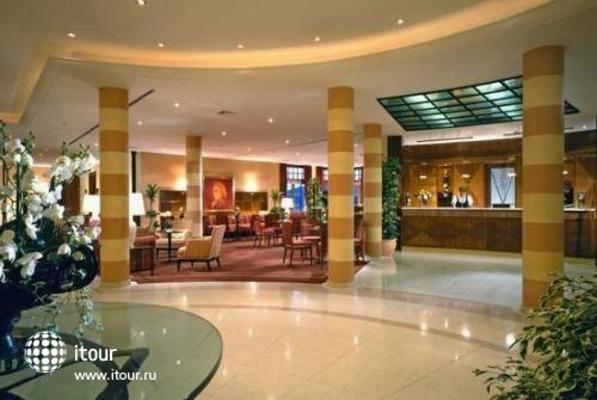 Arabella Sheraton Hotel Jagdhof 5