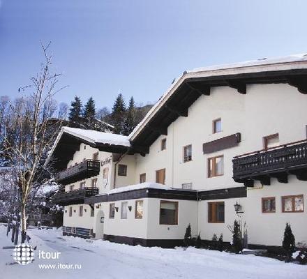 Karlshof 1